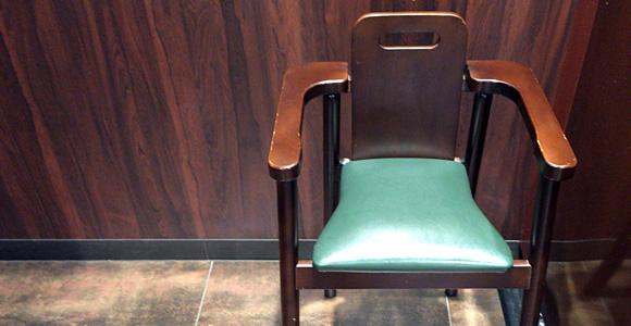 子ども用の椅子も有り