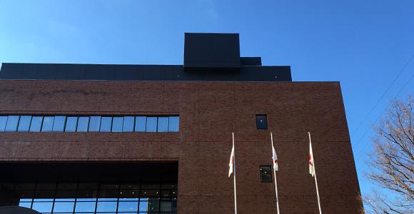 戸田市文化会館到着