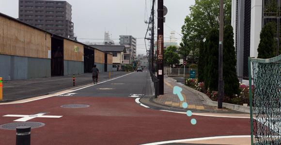 道なりに真っ直ぐ。戸田中央総合病院を通過。