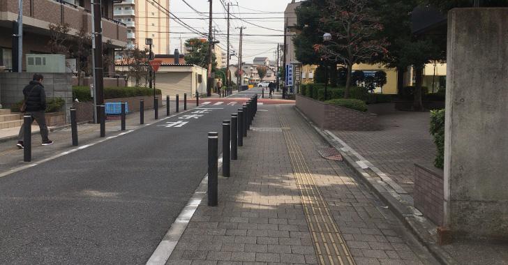 駅からの道のり 4