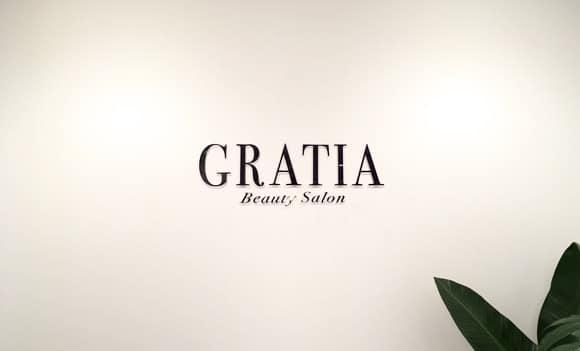 GRATIA ─ラテン語で優美と感謝─
