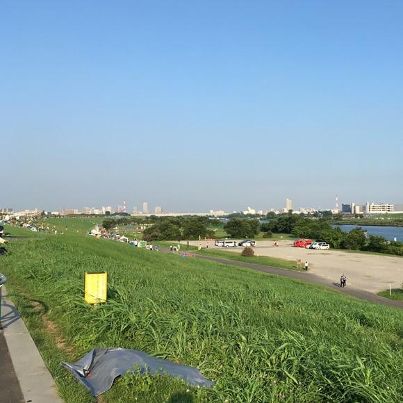 ボートレース戸田付近土手からの眺め