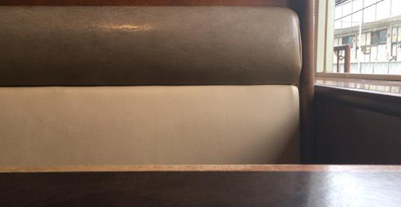 広めのソファ