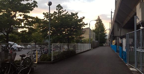 保育園横を通過