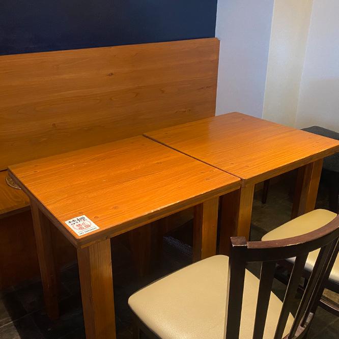 テーブル席D